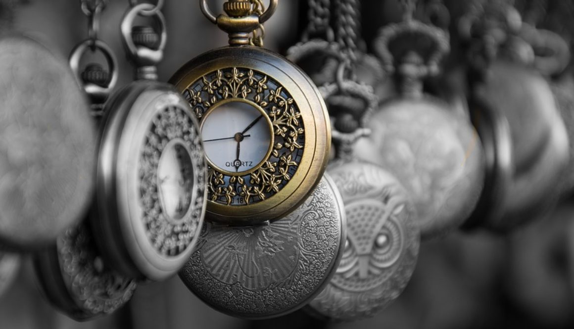 a bunch of pocket watches